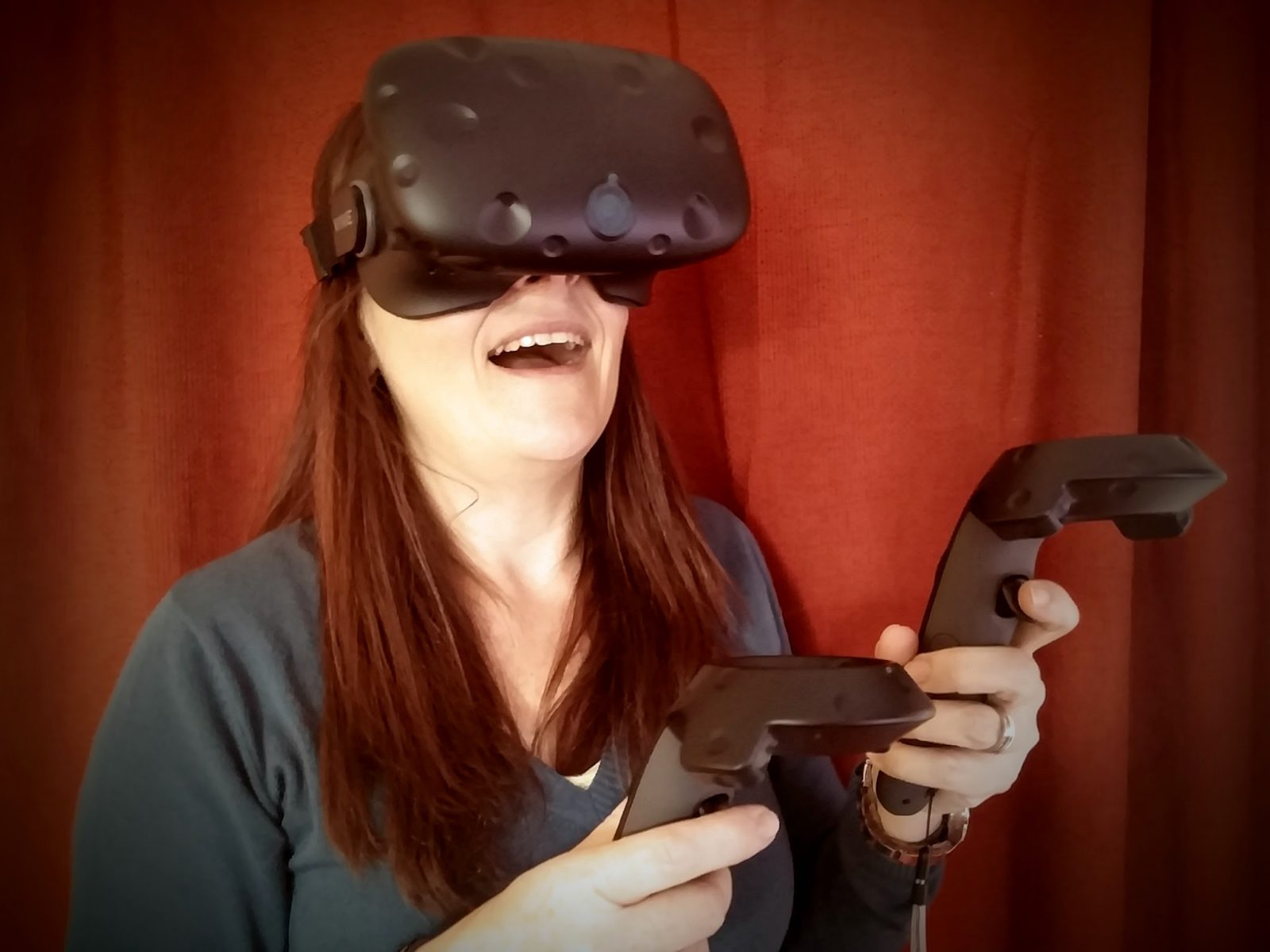 Nerdweib: Unboxing HTC Vive VR-Brille Susanne Angeli